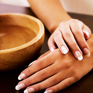 Rolf-Salon-Manicure-Services-IL